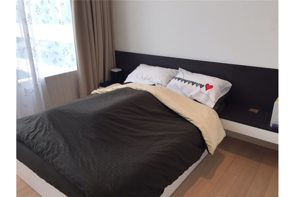RE/MAX Executive Homes Agency's Spacious 1 Bedroom for Rent Eight Thonglor 2