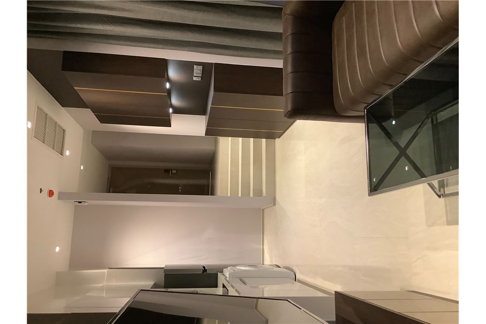 RE/MAX Properties Agency's For Rent | Ashton Silom | 2 bedrooms 11