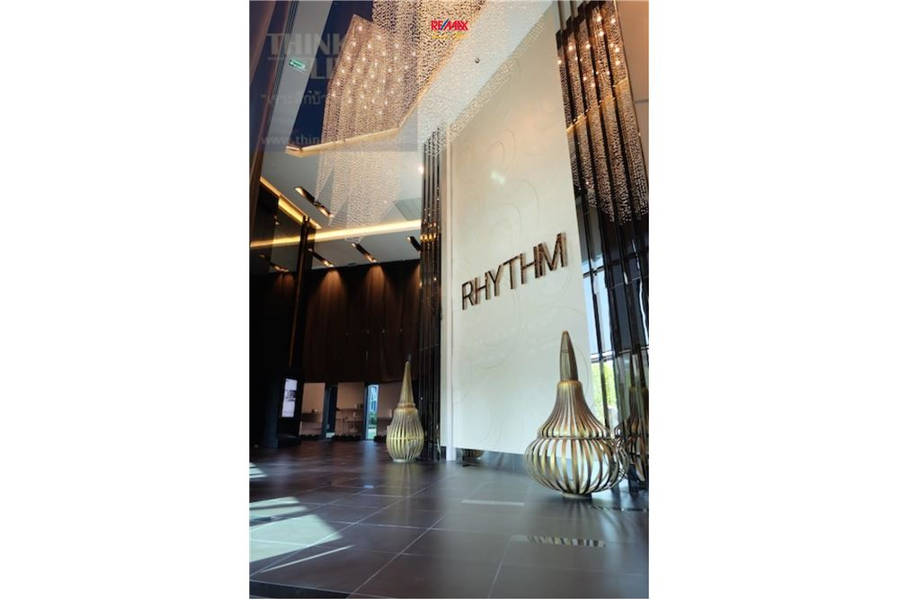 RE/MAX Executive Homes Agency's Condominium for rent - Sathorn 9