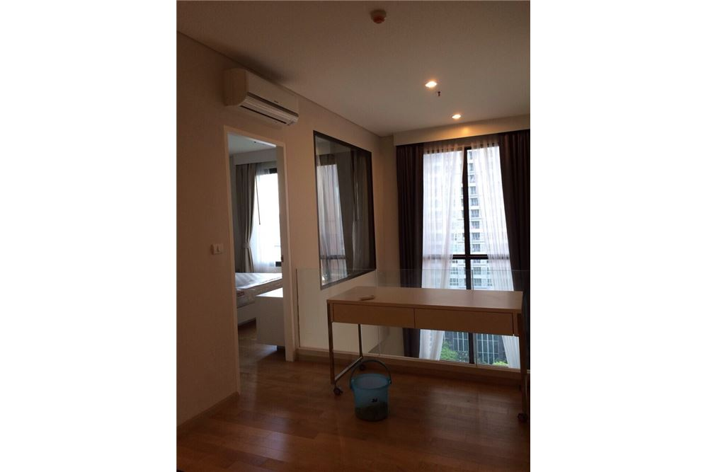RE/MAX Executive Homes Agency's Nice Duplex 1 Bedroom For Rent Villa Asoke 4