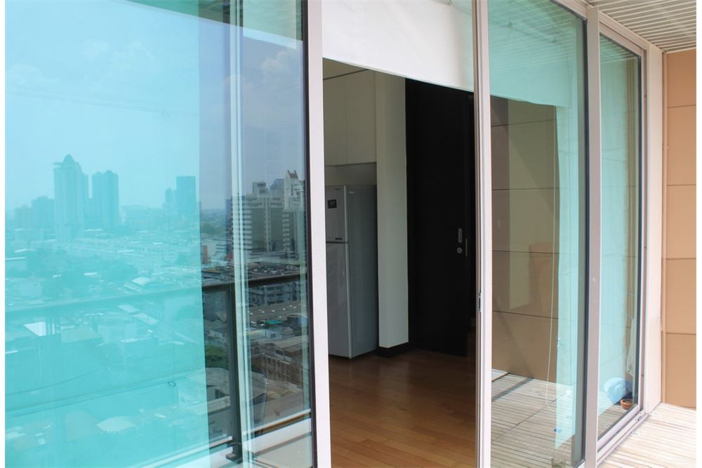 RE/MAX Properties Agency's FOR RENT THE LOFTS YENNAKART   2BED 70SQM 6