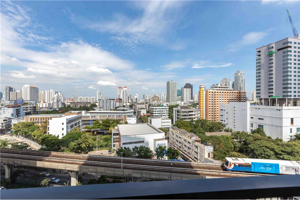 RE/MAX Properties Agency's RENT NOBLE REMIX 1 BED 42 SQM 10