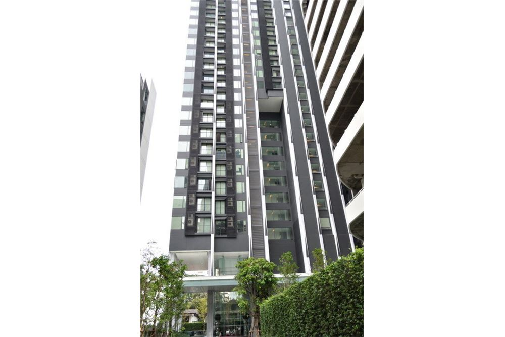 RE/MAX Properties Agency's FOR SALE  EDGE Sukhumvit 23  1BED 31.5SQM 3
