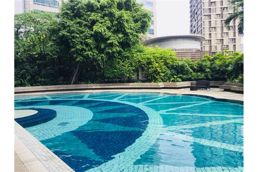 RE/MAX Executive Homes Agency's 3Bedroom 3Bath  For Rent Witthayu, BTS Pleon Chit 14