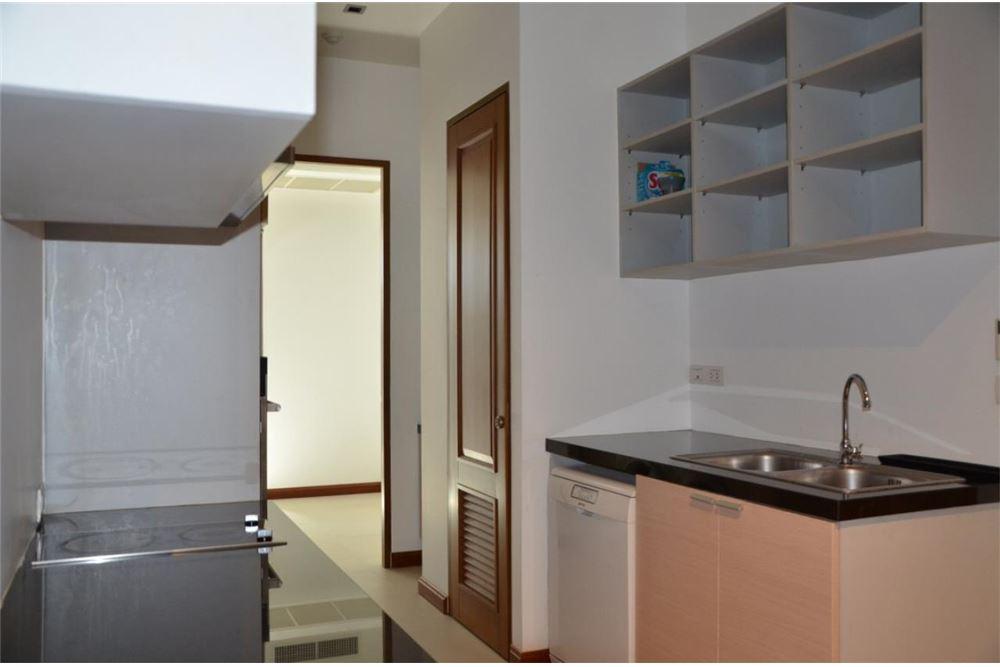 RE/MAX Properties Agency's FOR SALE  LE  RAFFINE SUKHUMVIT 39   2BED 237SQM 13