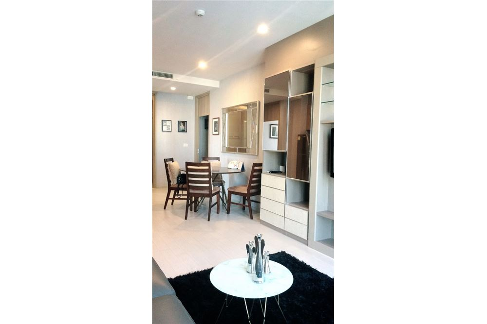 RE/MAX Properties Agency's RENT Noble Ploenchit 2BED 84SQM. 5
