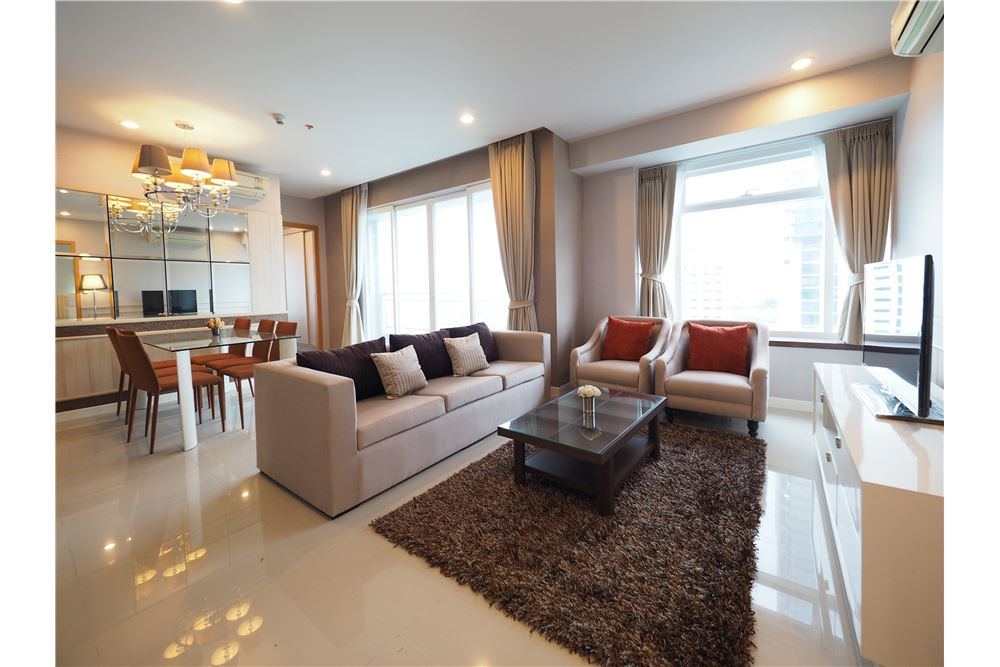RE/MAX Properties Agency's RENT Circle Condominium 2BED 92.9SQM. 1