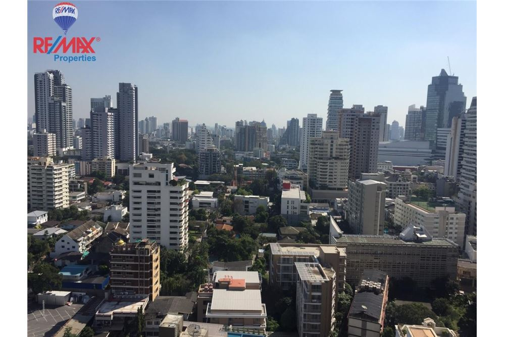 RE/MAX Properties Agency's FOR SALE  EDGE Sukhumvit 23  1BED 33SQM 13