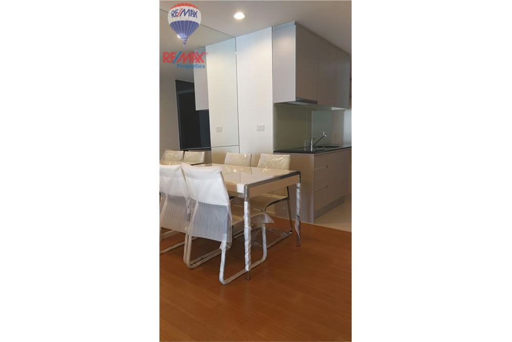 RE/MAX Properties Agency's FOR SALE 15 Sukhumvit Residences 1BED 59.29SQM. 4