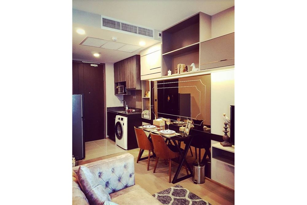 RE/MAX Executive Homes Agency's Beautiful 1 Bedroom for Rent Ashton Chula Silom 8