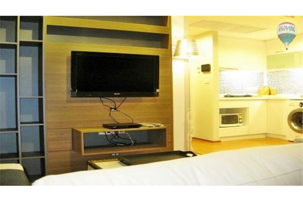 RE/MAX Properties Agency's FOR SALE  THE ALCOVE THONGLOR 10  1BED 40.45SQM 1