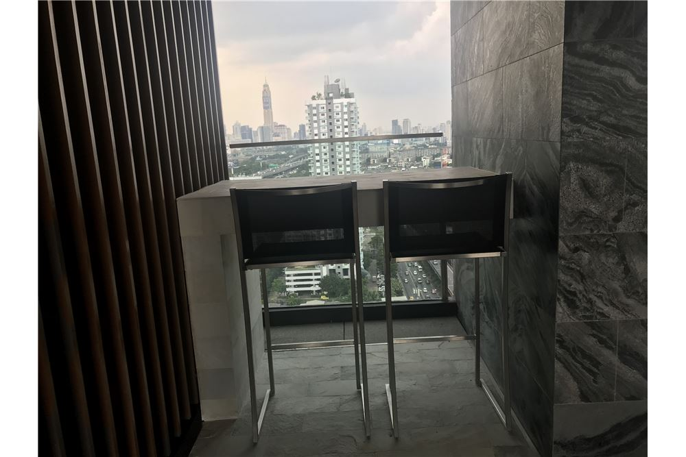 RE/MAX CASA Agency's Rent Condo The Line Asoke-Ratchada 1 Bedroom 8