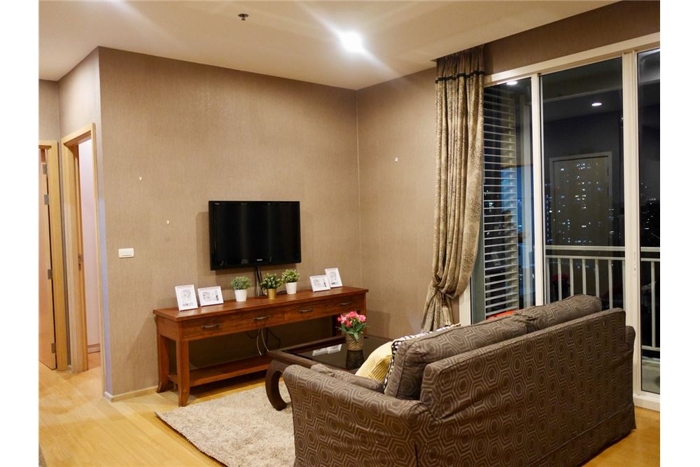 RE/MAX Properties Agency's 2 Beds for rent @ 39 by Sansiri 4