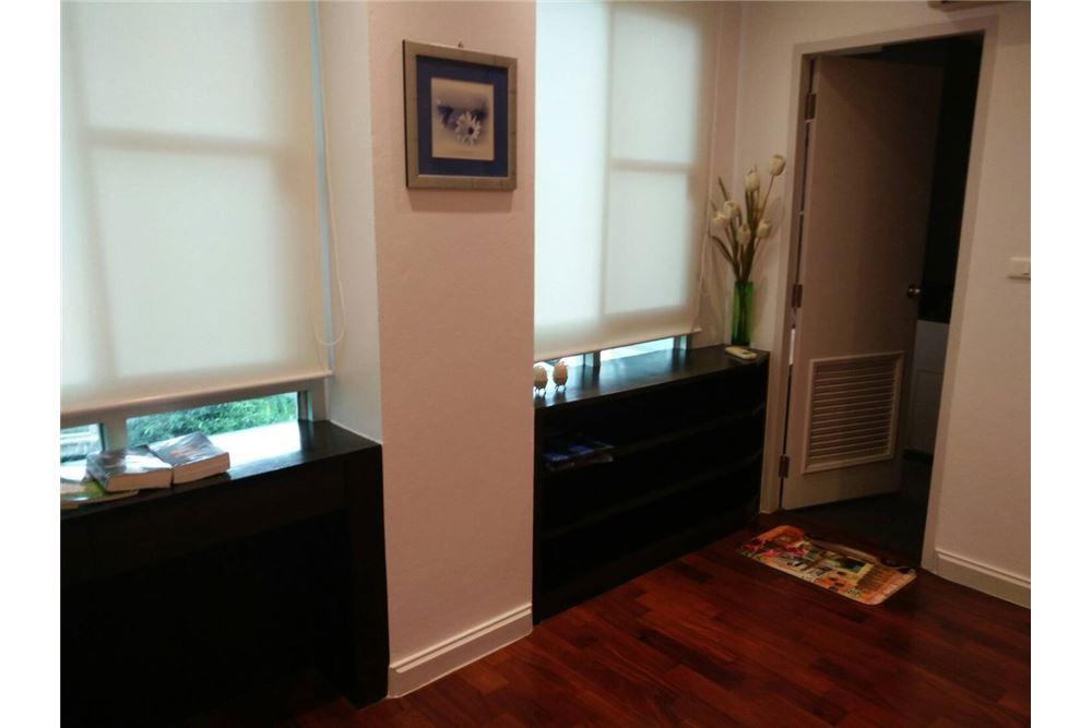 RE/MAX Properties Agency's 49 Plus 2bedroom 9