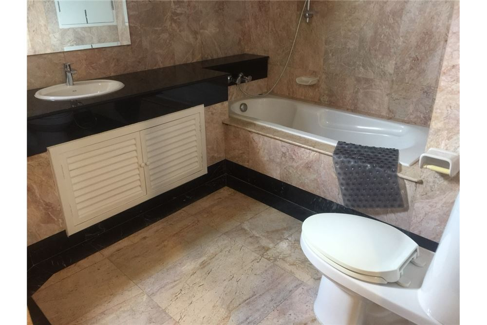RE/MAX Executive Homes Agency's For Sale 2bedroom Filly Furnished ,Prime Mansion Promsri , BTS Phrompong ,Sukhumvit 39 8
