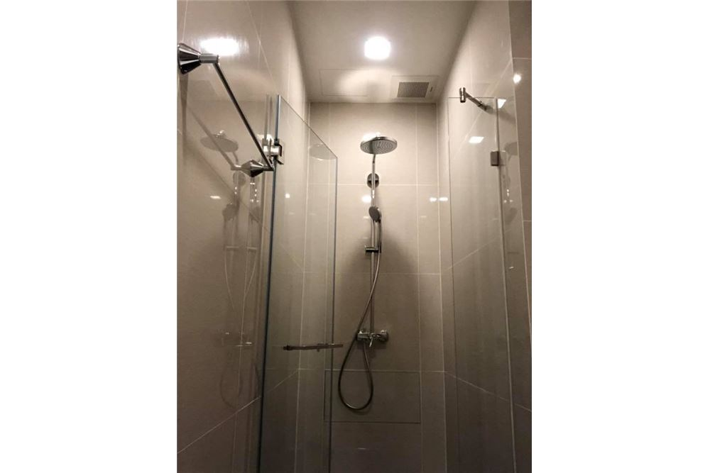 RE/MAX Properties Agency's for rent Park 24 2bedroom 9