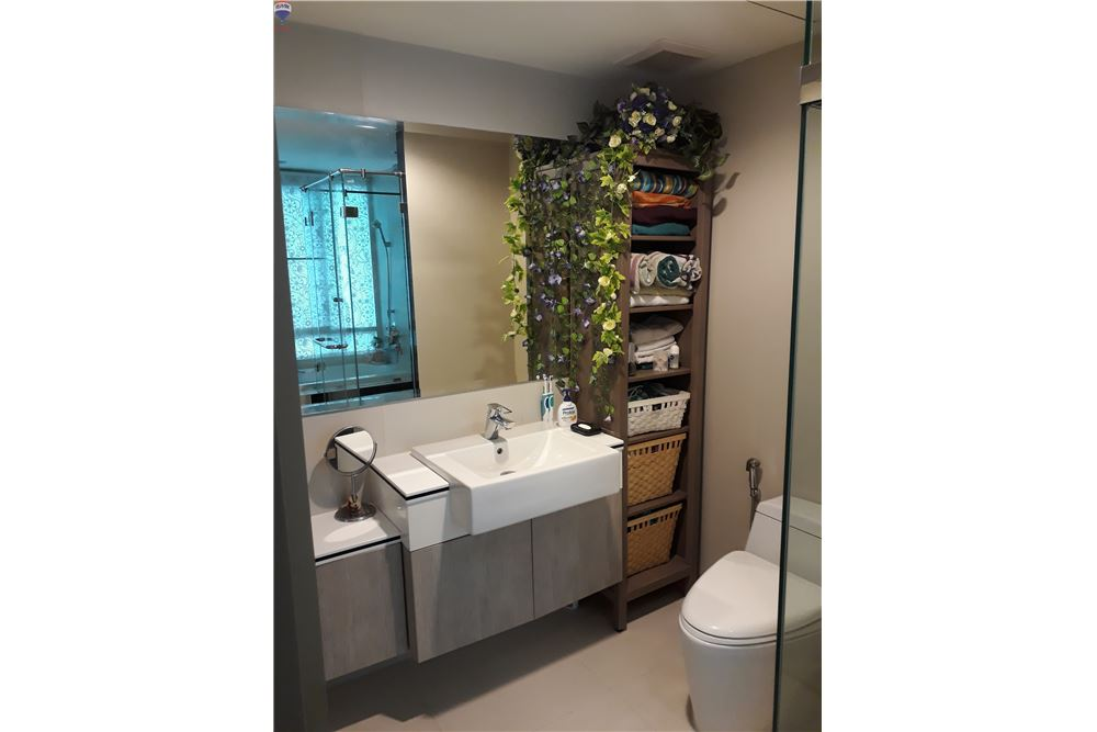 RE/MAX Properties Agency's FOR RENT THE CREST SUKHUMVIT 24 47 SQM 1 BED 9