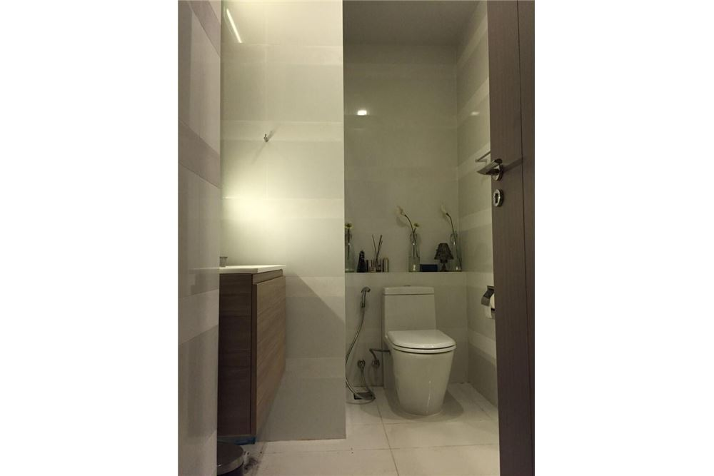RE/MAX Properties Agency's 1 bed for rent 35,000 at Keyne by Sansiri 5