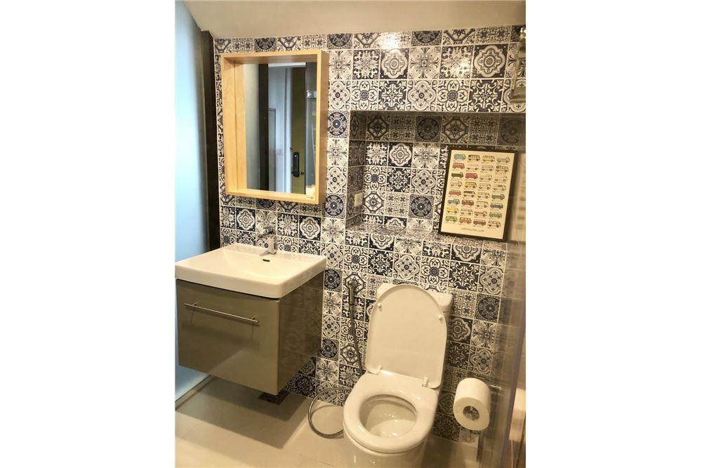 RE/MAX Executive Homes Agency's Stylish 1 Bedroom Duplex for Rent Ashton Morph 38 17