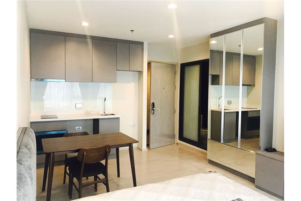 RE/MAX Executive Homes Agency's Rhythm Sukhumvit 36-38 / Studio / for Rent 1