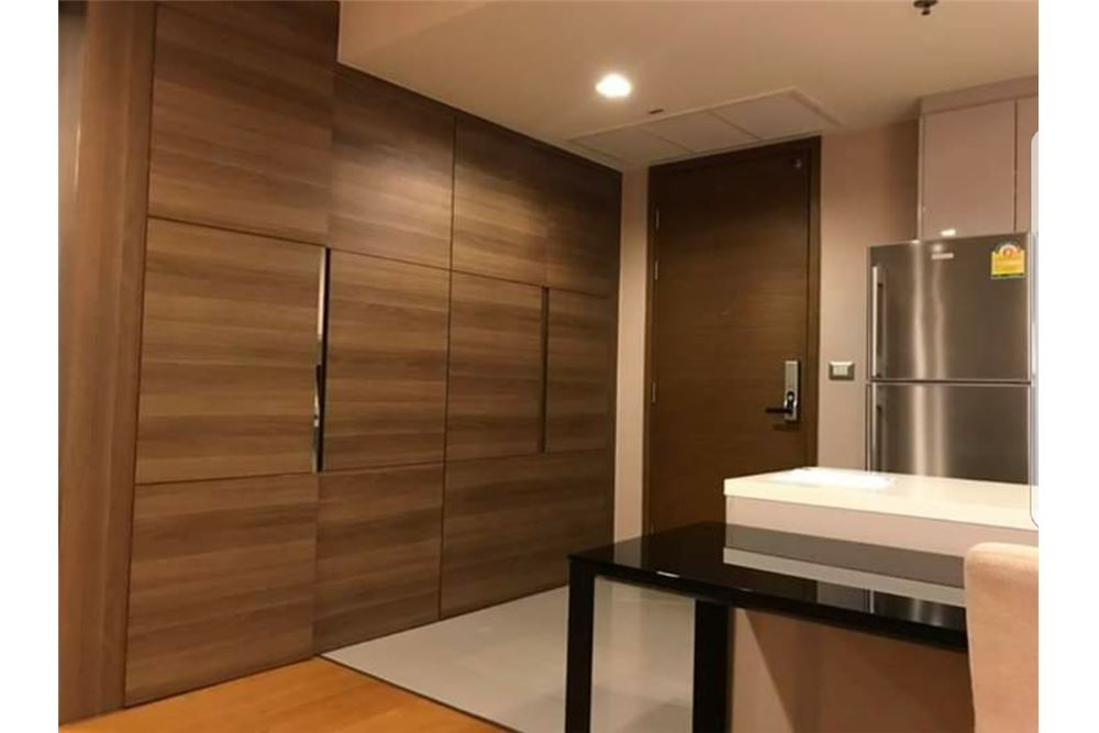RE/MAX Executive Homes Agency's Spacious 1 Bedroom for Sale Address Sathorn 6