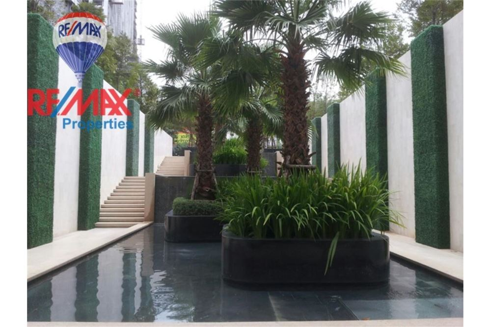 RE/MAX Properties Agency's FOR RENT  RHYTHM SUKHUMVIT 50  1BED 36SQM 5