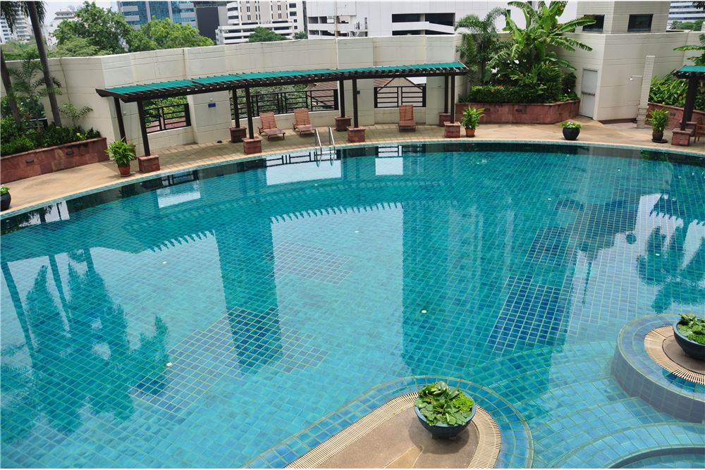 RE/MAX Properties Agency's RENT Baan Piya Sathorn 2 Bedroom 91SQM. 15