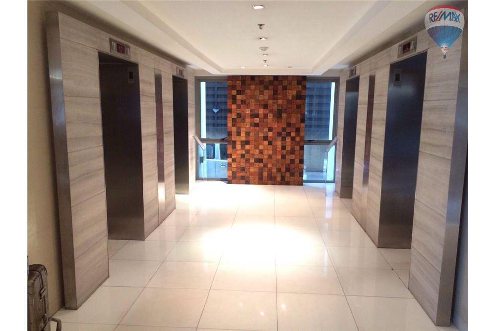 RE/MAX Properties Agency's For Rent The Madison Condominium Sukhumvit 41 11
