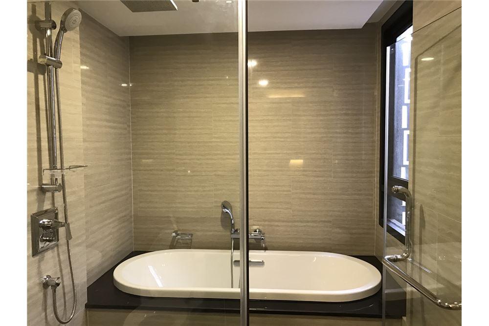 RE/MAX Executive Homes Agency's 2 Bedrooms for Rent KLASS Langsuan 7