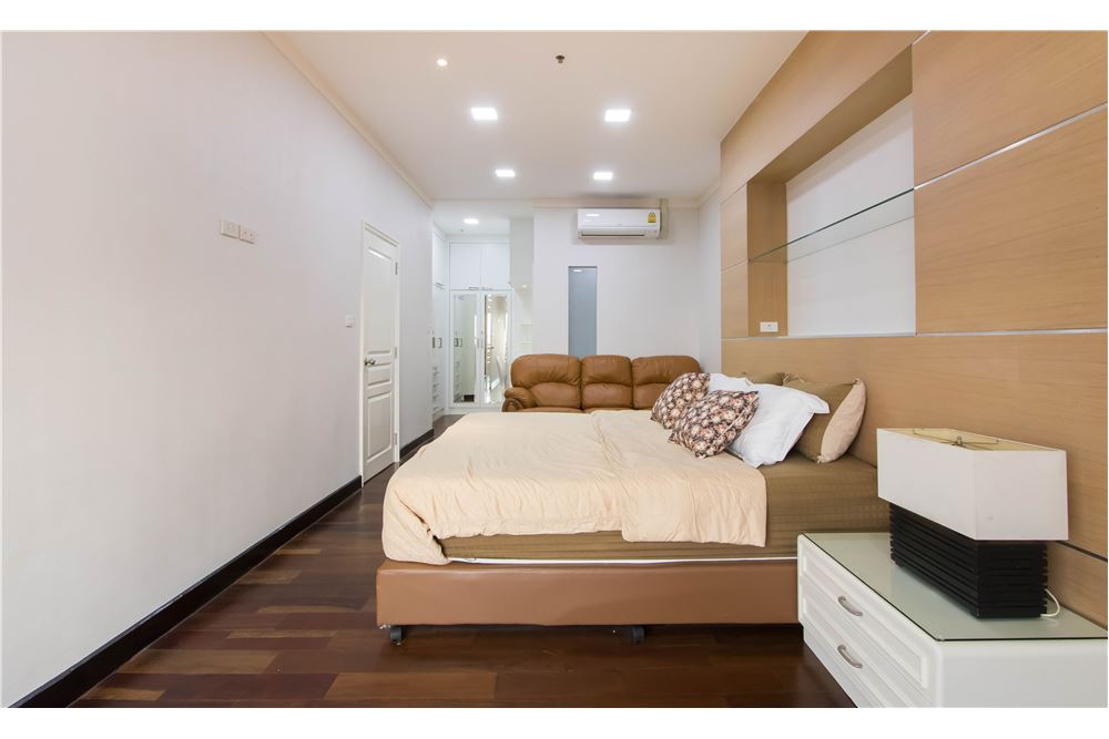 RE/MAX Properties Agency's RENT Water Ford Diamond Sukhumvit 30 3BED 120SQM. 7
