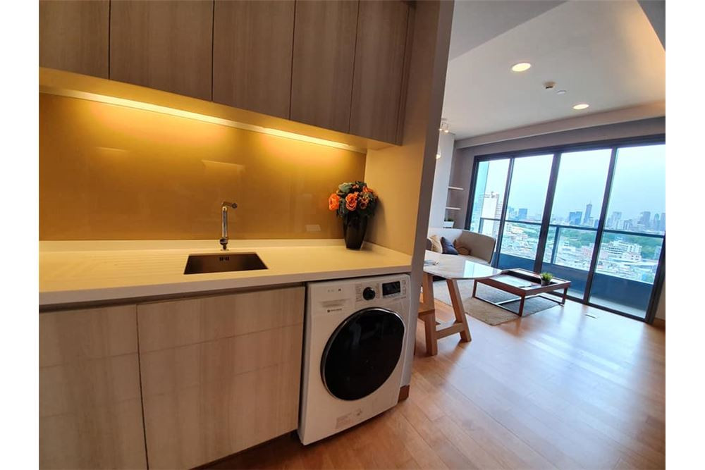 RE/MAX Properties Agency's The Lumpini24 For  RENT 3