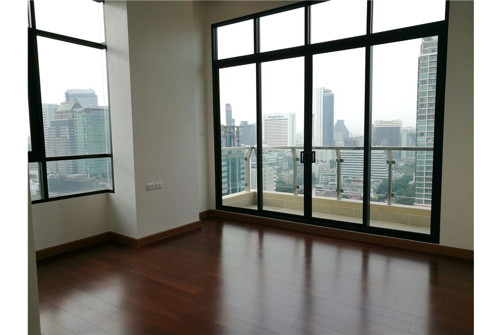 RE/MAX Executive Homes Agency's 4 Bedroom for Rent Supalai Elite Sathorn 2