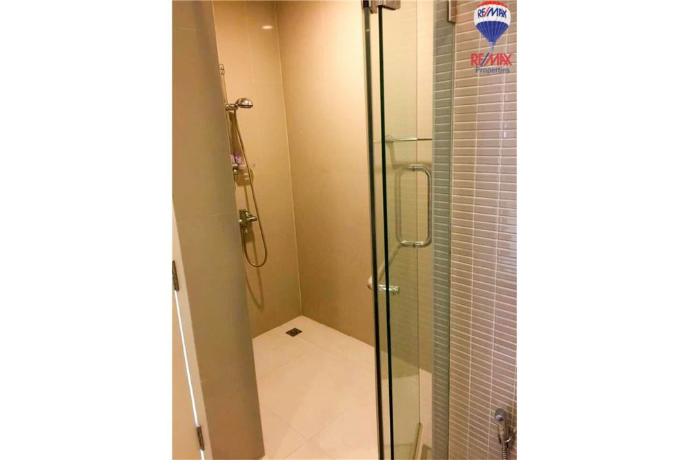 RE/MAX Properties Agency's FOR RENT The Trendy Condominium 2BED 91SQM. 14