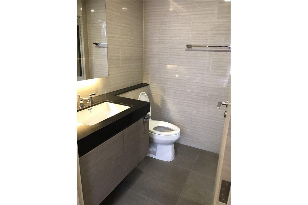 RE/MAX Executive Homes Agency's 2 Bedrooms for Rent KLASS Langsuan 6
