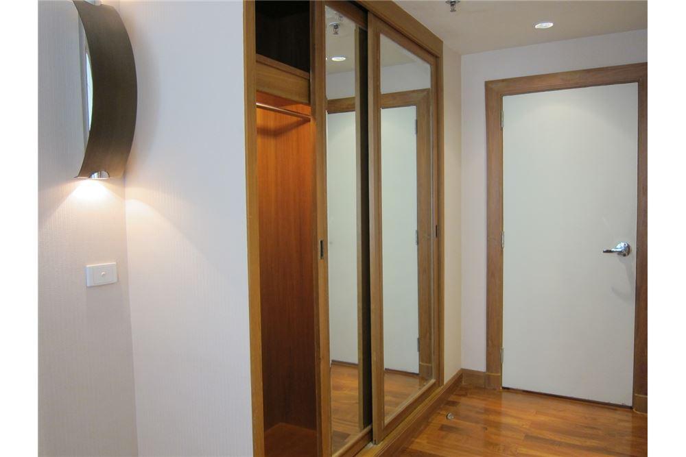 RE/MAX Properties Agency's RENT Langsuan Ville 2BED 160SQM. 5
