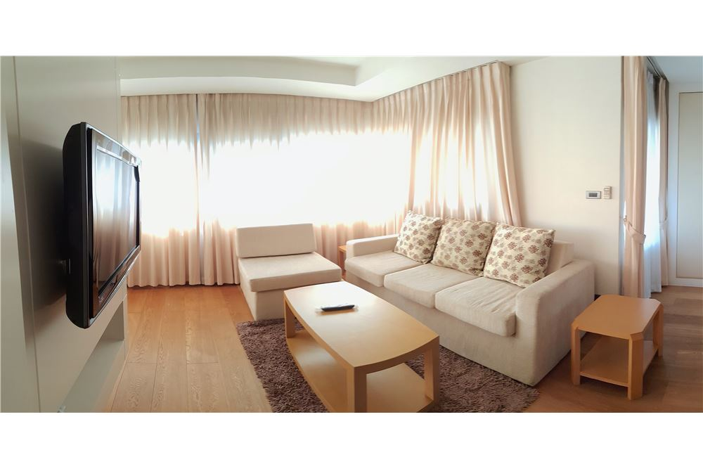 RE/MAX Executive Homes Agency's Spacious 1 Bedroom for Rent Sathorn Gardens 1