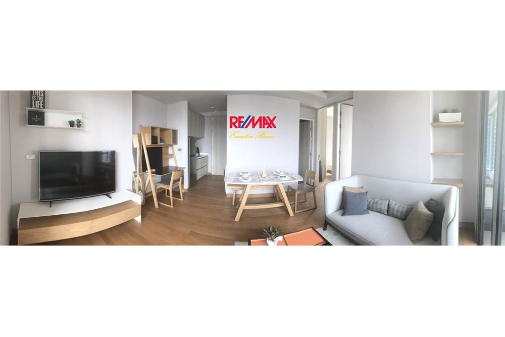 RE/MAX Executive Homes Agency's 2 Bedroom / for Sale / Lumpini 24 7