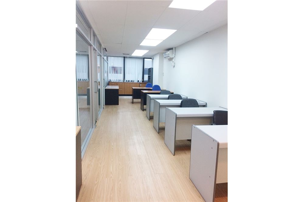 RE/MAX Executive Homes Agency's Nice Office Space for Rent SSP Tower 2