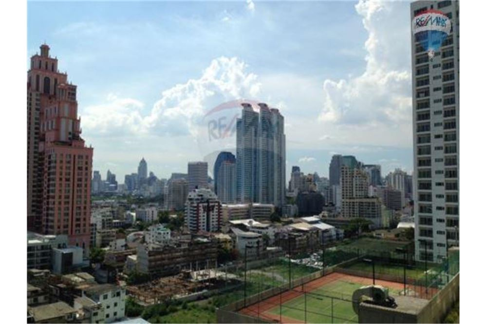 RE/MAX Properties Agency's FOR SALE /RENT  Bright Sukhumvit 24  1BED 89.7SQM 8