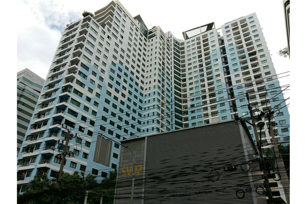 RE/MAX Executive Homes Agency's Spacious 2 Bedroom for Rent Supalai Premier Place 9