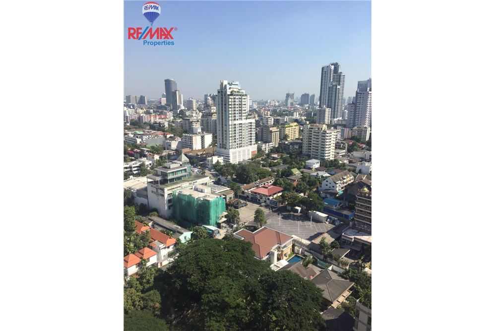 RE/MAX Properties Agency's FOR SALE  EDGE Sukhumvit 23  1BED 33SQM 11