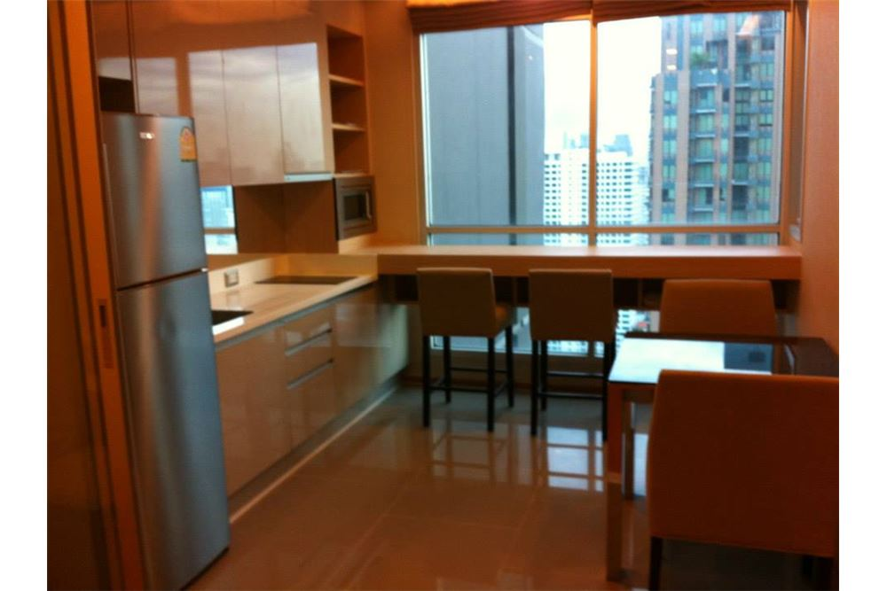 RE/MAX Executive Homes Agency's 1 Bedroom / for Rent / The Address Asoke 2