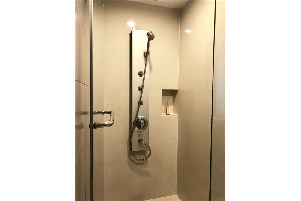 RE/MAX Executive Homes Agency's Stylish 1 Bedroom Duplex for Rent Ashton Morph 38 15