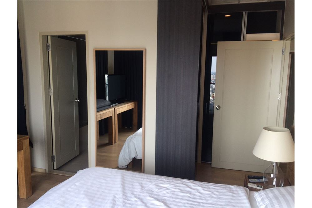 RE/MAX Properties Agency's 2 Bedroom for Rent at Noble Reveal 54,000 Baht 9