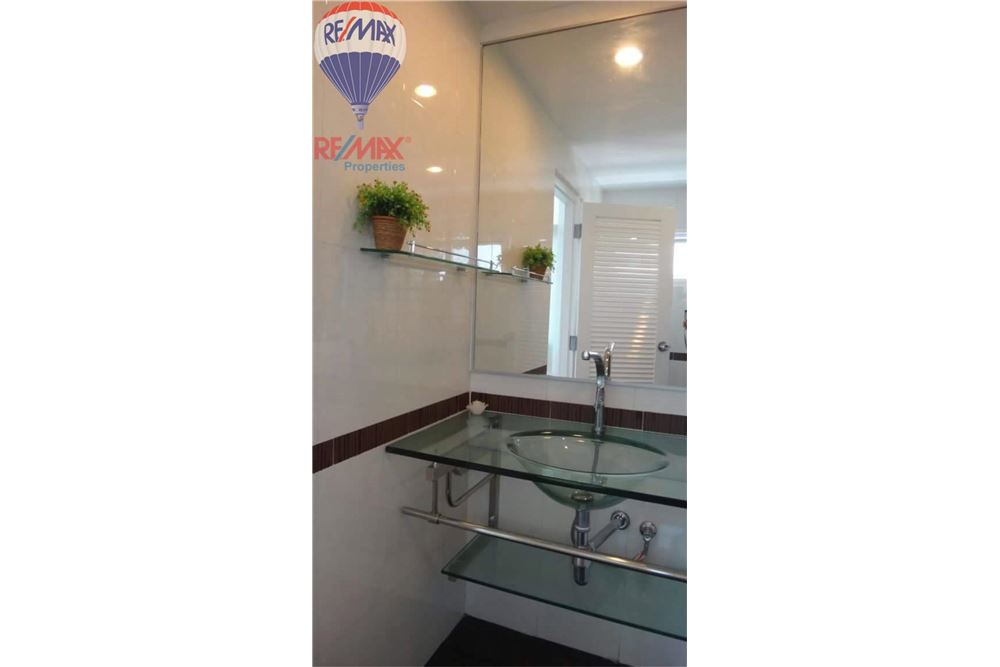 RE/MAX Properties Agency's FOR RENT  JC TOWER   2BED 97SQM 5
