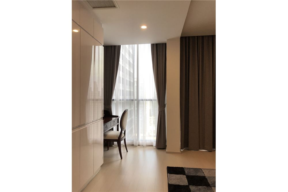 RE/MAX Properties Agency's RENT Noble Ploenchit 2BED 70.4SQM. 11