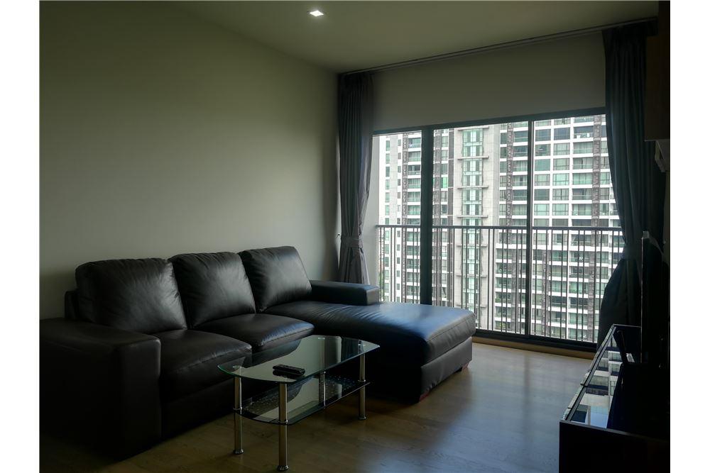 RE/MAX Properties Agency's RENT NOBLE REFINE | 1 BEDROOM 6