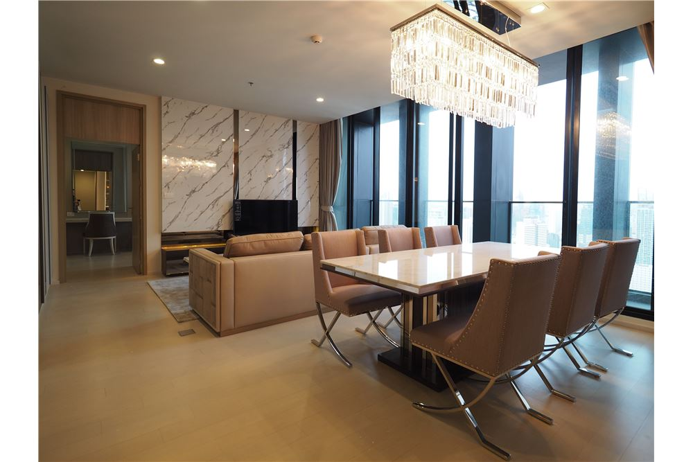 RE/MAX Properties Agency's RENT Noble Ploenchit 2BED 117.67SQM. 12