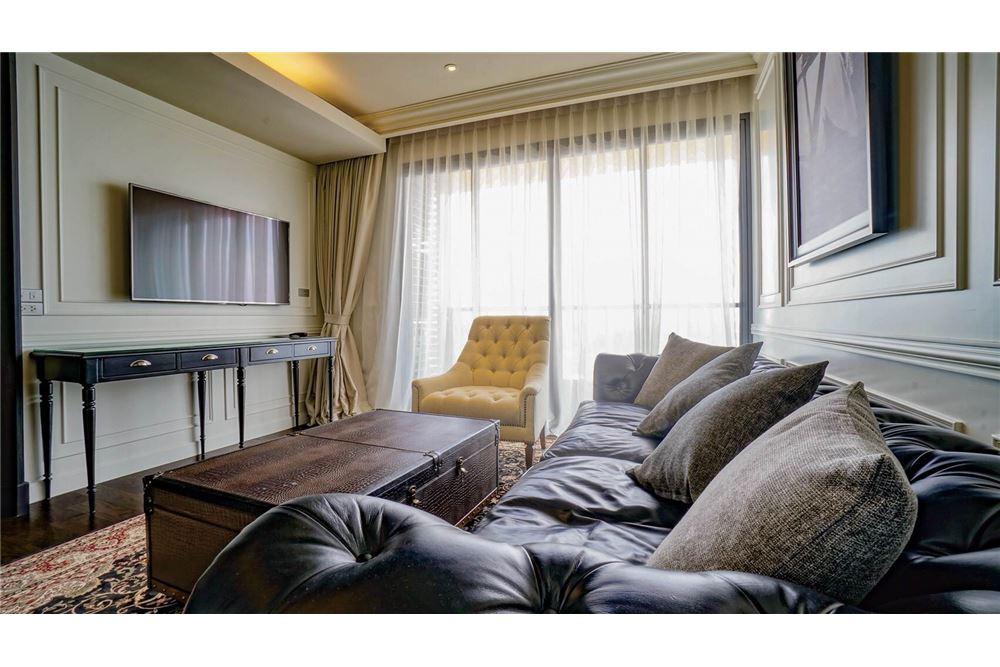 RE/MAX Properties Agency's The Lumpini 24 Penthouse@ Sukhumvit 24 2