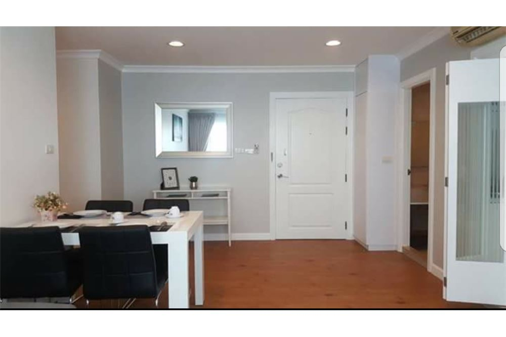 RE/MAX Executive Homes Agency's Spacious 2 Bedroom for Rent Lumpini Suite 41 5